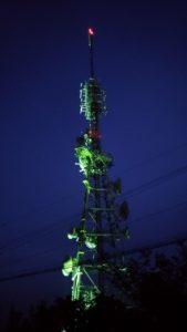 眉山の電波塔2